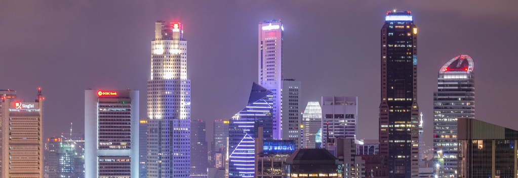 City sky line - business vs digital strategy